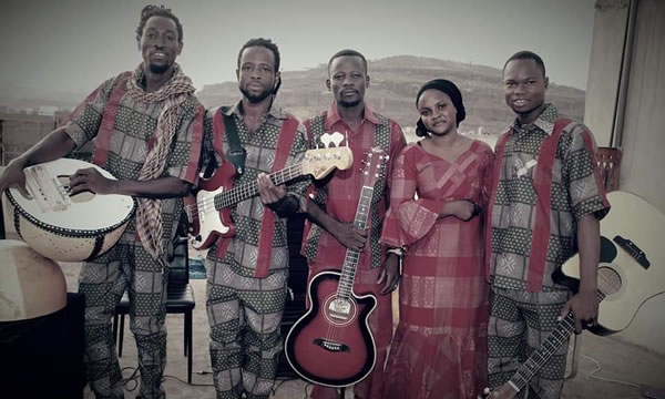 Gaoussou Kouyaté  et son groupe Sobra blues